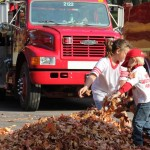 Fire_Fighters_Fire_Prevention_Harlow_Park_2011_005