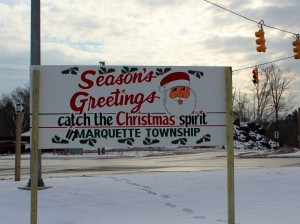 Marquette-Township-Business-Association-2013-Christmas-Tree-000