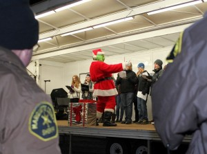 Marquette-Township-Business-Association-2013-Christmas-Tree-Lighting-Ceremony-Grinch-Great-Lakes-Radio-Santa-041.jpg