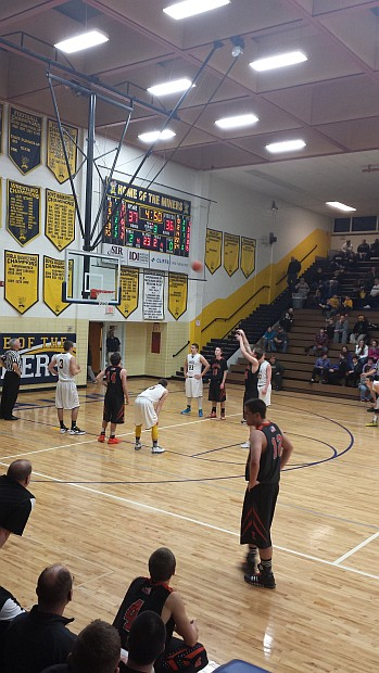 Negaunee Miners Boys Basketball VS Escanaba Eskimos from Negaunee, Michigan on Sunny.FM