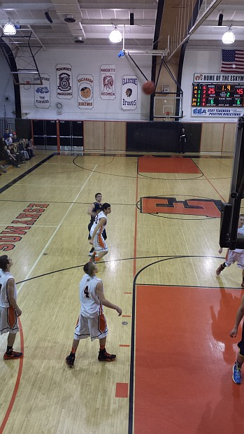 The Negaunee Miners Boys Basketball Team VS the Escanaba Eskimos from Escanaba, Michigan on Sunny.FM.