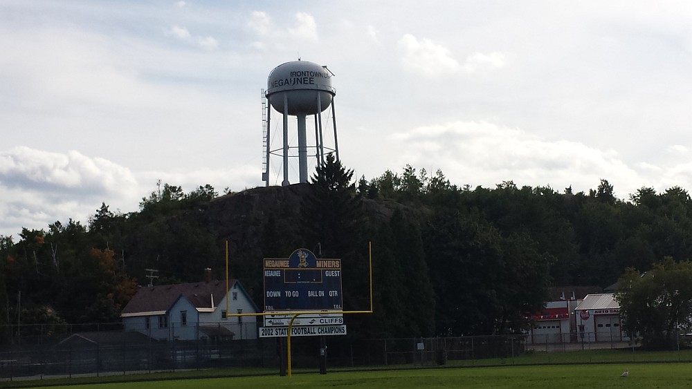 Negaunee miner football game day marquette for Newberry motors newberry mi