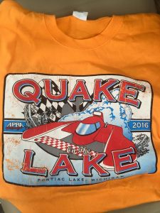 The front of the shirt looked really cool with a hyproplane zooming across the water.