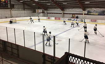 The Negaunee Miners Hockey team fell 6-3 against the Kingsford Flivvers on Sunny.FM.