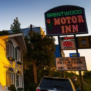 Save 36% off one a one night stay at Brentwood Motor Inn in Marquette