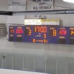 Scoreboard at the end of the second period. Miners VS Eskymos.