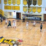 Third quarter action in the Miners VS Emeralds boys basketball game. 12/28/2017.