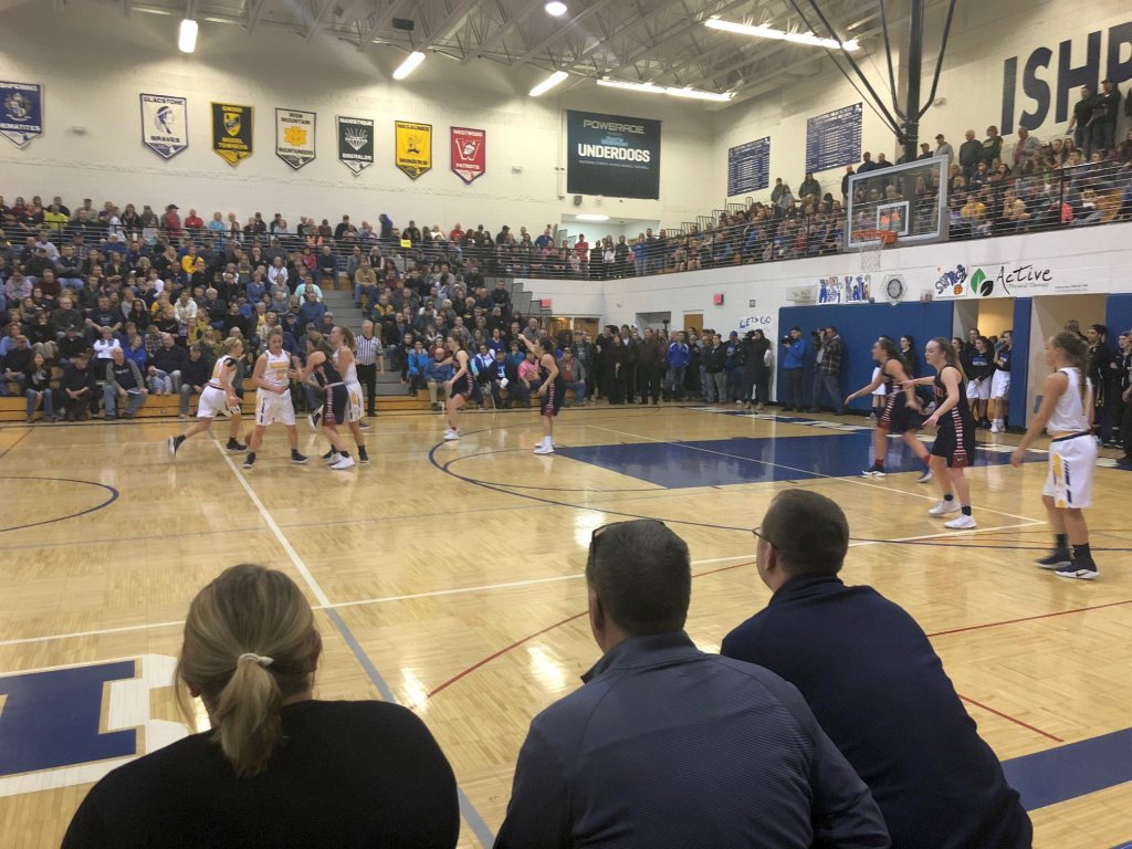 Negaunee Miners Girls Basketball VS Westwood Patriots in Districts on Sunny FM