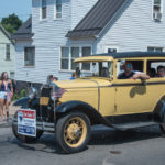 There were so many beautiful classic cars in the parade.