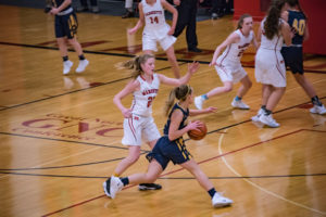 Breaking away from the Marquette defense