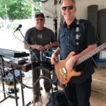 Guitarist Dean and Major Discount on the keys with Crunge