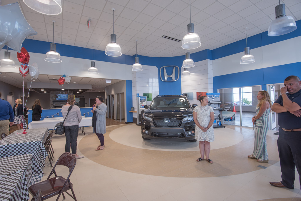 Riverside Auto Mall Hosts Ribbon Cutting Ceremony and Public