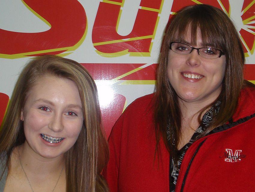 Elle-Pearson-Becky-Simmons-WKQS-FM-906-228-6800
