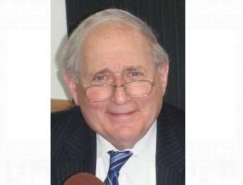 US Senator Carl Levin in the WKQS FM studios in Marquette, MI