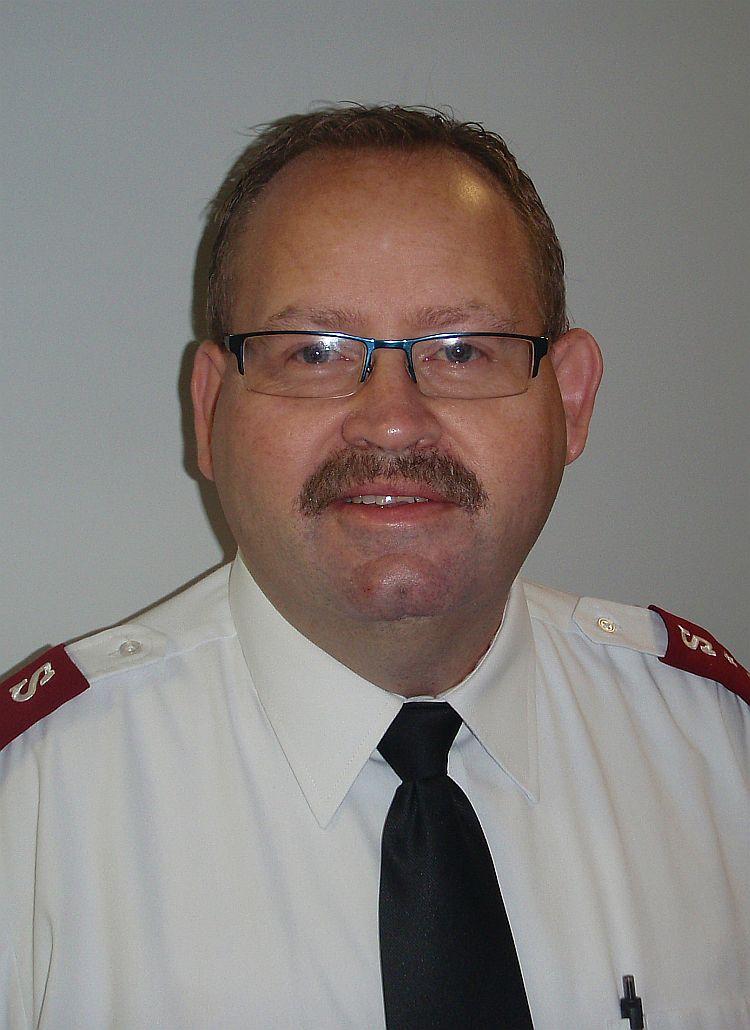 Capt.-Joel-Arthur-WKQS-FM-906-228-6800