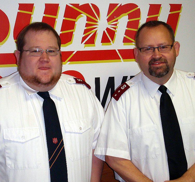 Lt.-Hansen-Cpt.-Arthur-WKQS-FM-906-228-6800.