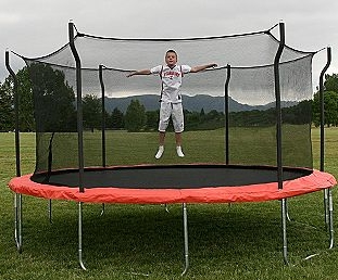 Let the kids have years of fun with this trampoline!