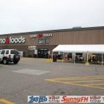Tadychs Econo Foods Customer Appreciation Breakfast UPs Biggest Frying Pan Crystal Farms Marquette Michigan Great Lakes Radio - 006