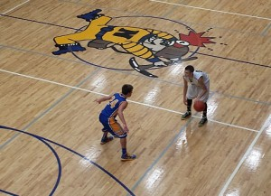 Negaunee Miners Boys Basketball VS Kingsford Flivers on Sunny.FM. 12/16/14