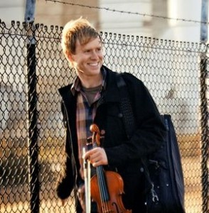 Jeremy Kittel and his fiddle.