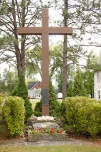 the old rugged cross door county checker bus tours