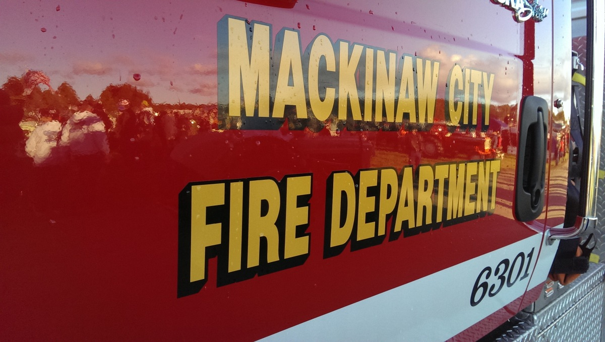 8th_Annual_Mackinac_Bridge_Antique_Tractor_Crossing_September_15_2015_012