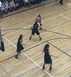 The Negaunee Miners fell 46-45 against the Gladstone Braves on Sunny.FM.