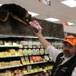 super-one-foods-marquette-2-day-hunters-sale-november-2016-010