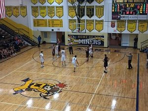 Negaunee Miners Boys Basketball VS Escanaba Eskymos 01/05/17