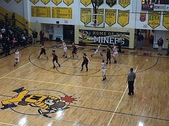 Negaunee Miners Girls Basketball VS Gwinn Modeltowners on Sunny.FM 03/01/17