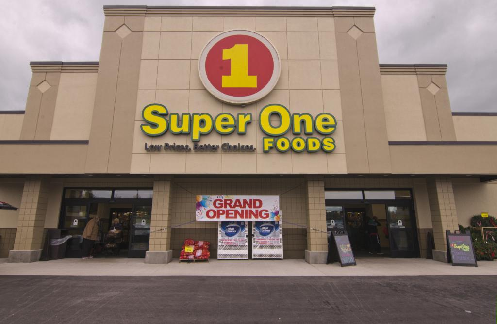 Major Discount with Gary from Super One Foods of Marquette