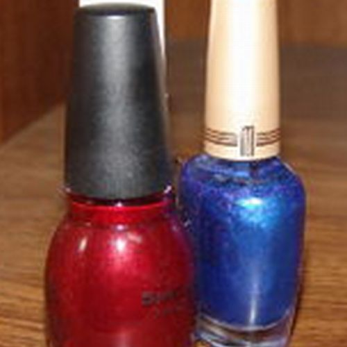 Save 50% of a Manicure and Pedicure combo from Accents on Style.