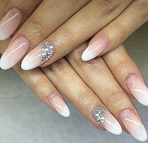 Save 40% on your next manicure!