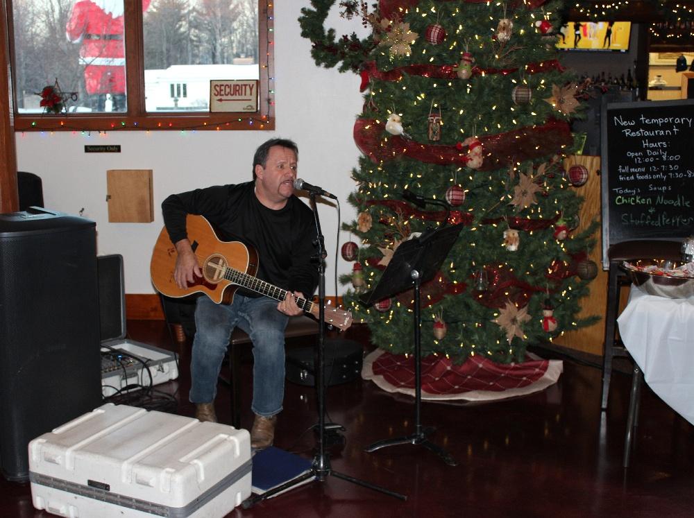 Christmas Michigan.Kewadin Casinos Christmas In Christmas Tree Lighting