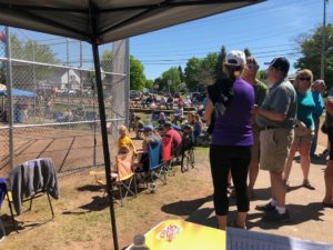 A great crowd showed up for the Miners-Stags softball Regional Semifinal.