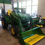 Look at this great John Deere tractor