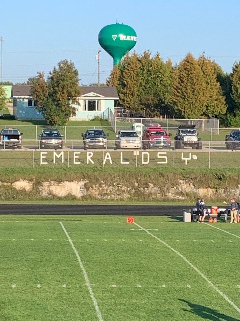 It was a nice night for football in Manistique on Friday, as the Miners defeated the Emeralds 24-22 in a great game on Sunny 101.9.