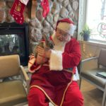 Pictures with Santa at Animal Medical Center